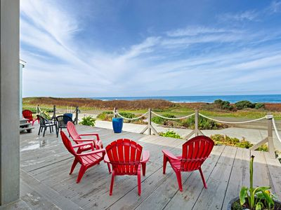Photo for Amazing oceanfront home & guesthouse w/hot tub, beach access & decks - 2 dogs OK