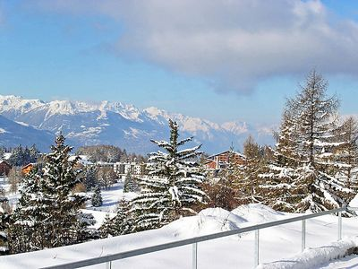 Photo for 2 bedroom Apartment, sleeps 5 in Montana with Pool and WiFi