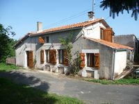 Fantastic comfortable house, very well-equipped in a lovely quiet village but with lots to do nearby