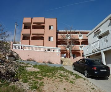 Photo for 1BR Apartment Vacation Rental in Metajna