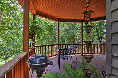 Private Deck | Charcoal Grill