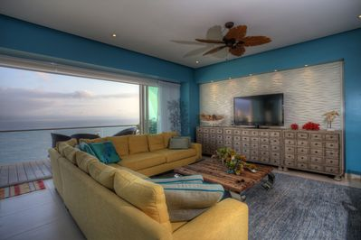 Living room area - Stunning ocean veiws