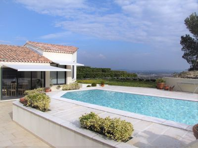 Photo for Contemporary Villa, Private Pool, Terraces, Breathtaking Views over Provence