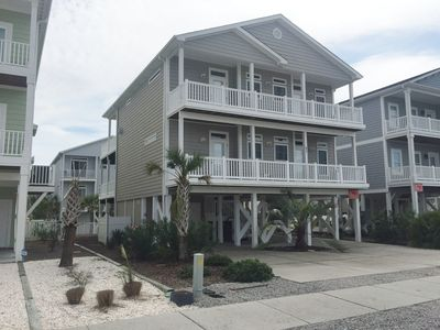 Photo for W2 87, Enjoy the short walk to the center of OIB from this home located in the Resort subdivision!