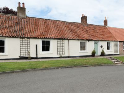 Photo for TENTER COTTAGE, pet friendly, with a garden in Wooler, Ref 955491