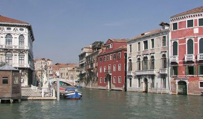 Photo for 3 bedroom Apartment, sleeps 5 in Venice with Air Con and WiFi