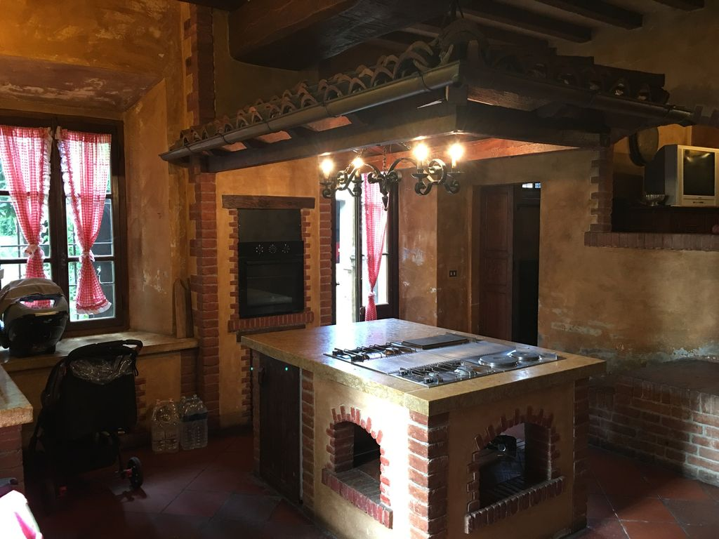Charming villa in the Piacenza countryside