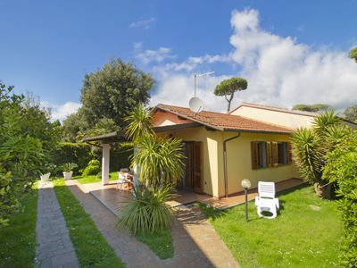 Photo for Vacation home Gianna in Marina Pietrasanta - 4 persons, 2 bedrooms