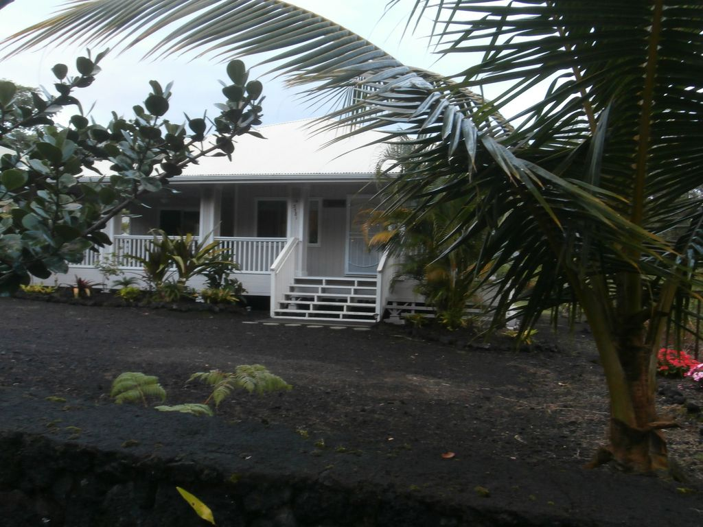 Tropical 3 bedroom Home -$80 a Night! CONTACTowner directly for 2018 dates.