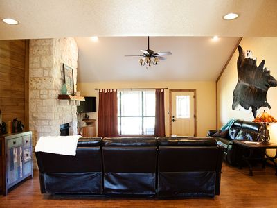 Photo for 3BR Farmhouse Vacation Rental in Aquilla, Texas