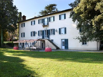 Photo for Private Villa with WIFI, A/C, private pool, TV, patio, panoramic view, parking, close to Lucca