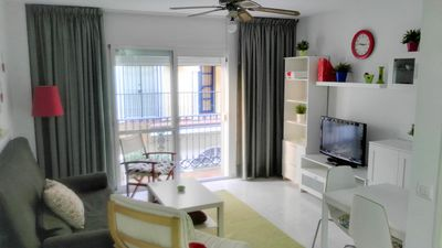 Photo for Fuengirola center, 150 m from the beach, wifi, satellite TV, air conditioning