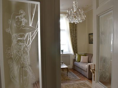The Karoline: Old World Charm In A 3 Bedroom 2 Bath Beauty By The Charles Bridge