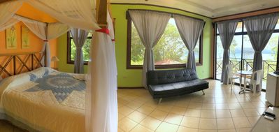 Amazing jacuzzi suite incredible views Volcano and Lake from Lodge