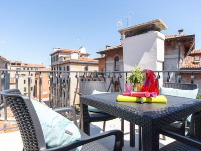 Photo for Lovely roof terrace, 2 bedrooms, 4 places, WIFI, A / C