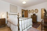 London Home 84, Imagine Renting Your Own 5 Star Private Holiday Home in London, England - Studio Villa, Sleeps 8