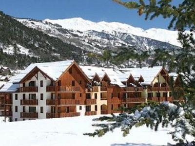 Photo for Apartment DUPLEX, 6/8 people, T4, ski slopes SERRE CHEVALIER 1400