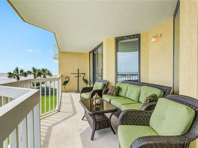 Photo for COV 119- Spacious Oceanfront Cond, Close to Downtown with Community Pool Access