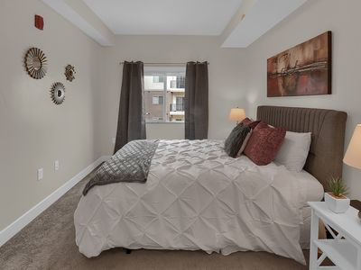 Photo for 2 Bed and 2 Bath Luxury Apartment for 6
