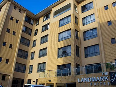 Photo for The Landmark Suites offers wonderful amenities for a great experience