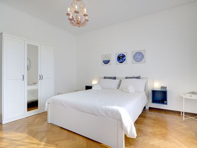 Photo for 900MUSEUMnext # 2 - private double bed / bathroom, wifi, aircond