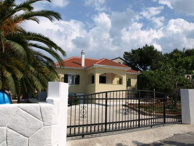 Photo for 2BR Apartment Vacation Rental in Splitska