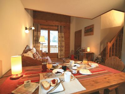 Photo for Cosy apartment for 6 guests with WIFI, pool, TV, pets allowed and parking