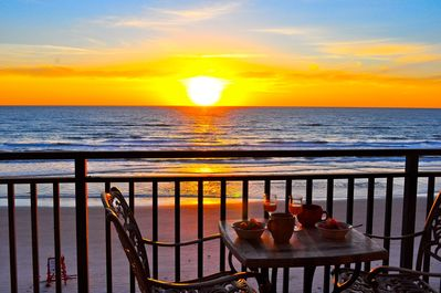 Wake up to a beautiful sunrise on our 30 ft wide totally private balcony.