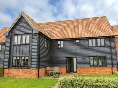 Photo for Meadow View - sleeps 8 guests  in 3 bedrooms