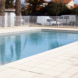 Photo for Jardin d'Antibes - Very nice apartment located in an area with a pool