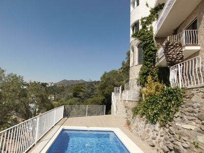 Photo for Holiday house with spectacular sea views in Puig Rom, Roses