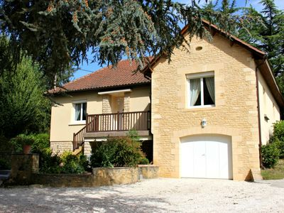 Photo for Charming house for 6 people with enclosed garden terrace in Sarlat