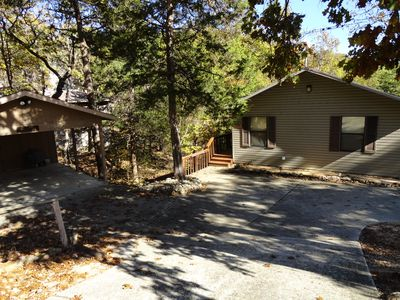 Hojo's Cabin-Lakefront Home in a Private Setting-Marina Nearby