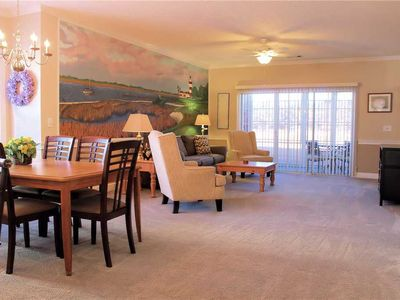 Photo for Beautiful and Comfortable Condo! Enclosed Patio w/ Golf Course Views! Washer/Dryer & WiFi!