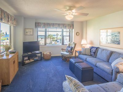 Photo for Look out over the main pool to the ocean beyond! Enjoy great amenities!