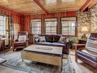 Dog-friendly cabin with lake views - walk to lake, close to hiking and town!