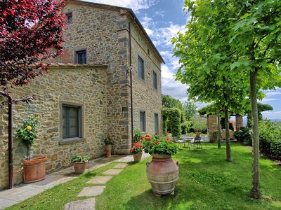 Photo for Lovely villa with private pool, located in close distance to Cortona