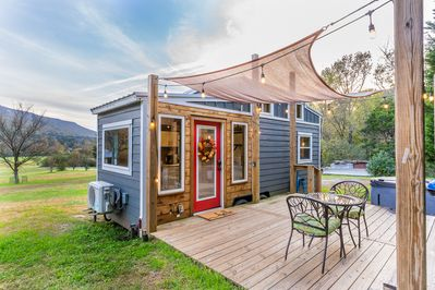 Welcome to Magnolia Tiny House!