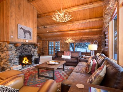Photo for A picturesque cabin tucked into the peace of The Aspens