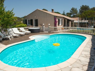Photo for Charming 2 rooms near the Esterel in villa with pool and spa