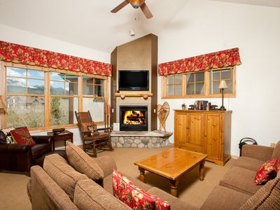 Photo for Condo with fireplace - Outdoor pool on-site, close to town & skiing