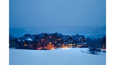"Photo for New Years Luxury (29Dec-4Jan 2020) 1Bd/1Bath [Ski In/Out] Base Peak 7 - ""Breck"""