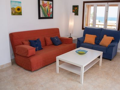 Photo for Spacious second floor/penthouse 3 bedroom apartment