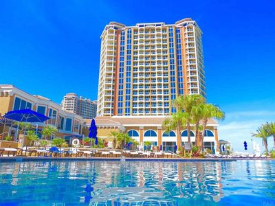 Luxurious 2 BR SkyHome with Panoramic Ocean Views and Steps From The Beach!