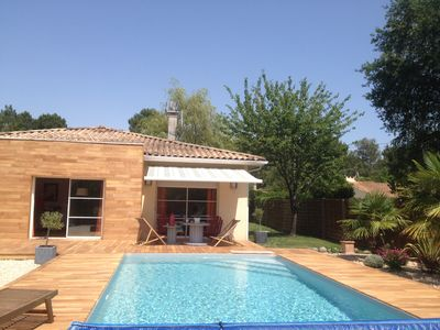 Photo for NEAR BORDEAUX, VILLA WITH POOL AND DEPENDENCE ON GARDEN CLOS