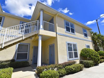 Photo for Spacious 3-Bed Condo just 2 Miles to Disney