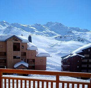 Photo for Val Thorens: apartment for 4 persons, well equipped.