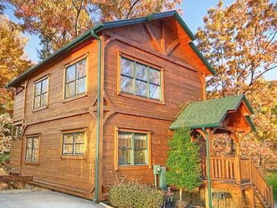Photo for Gatlingburg Rising!  Luxurious 2Bed/2Bath Cabin Centrally Located