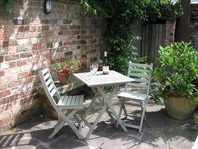 Photo for Twin-bedded detached self-catering studio with large patio, Cheltenham Town