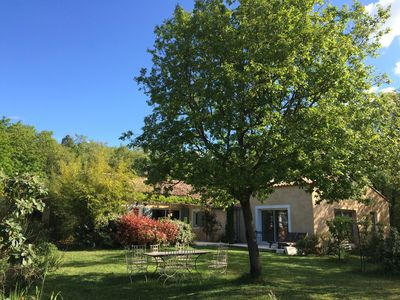Photo for Charming house in the Luberon
